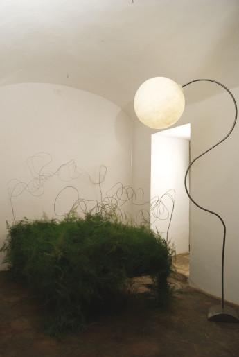 Luna Piantana - Lampă de podea cu abajur în formă de lună