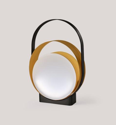 Loop II - Lampă portabilă din furnir cu linii curgătoare
