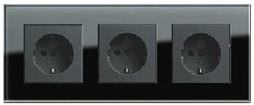 Trei prize  Schuko GIRA Esprit antracit cu ramă triplă sticlă neagră