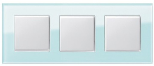 Trei întrerupătoare simple GIRA Esprit alb lucios cu ramă triplă sticlă mint