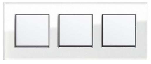 Trei întrerupătoare simple GIRA Esprit alb lucios cu ramă triplă sticlă albă