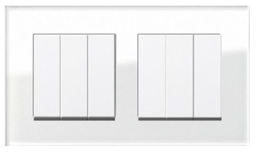 Două întrerupătoare triple GIRA Esprit alb lucios cu ramă dublă sticlă albă