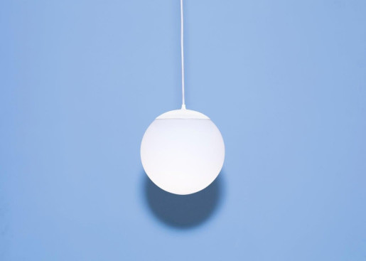 Drop 20 - Pendul cu abajur mat din sticlă