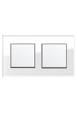 Doua întrerupatoare simple GIRA alb lucios cu ramă dublă sticlă albă
