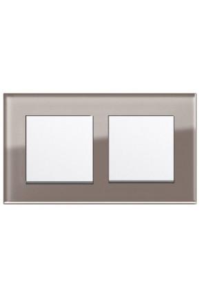 Două întrerupătoare simple GIRA Esprit alb lucios cu ramă dublă sticlă umbră