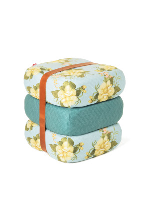 Baboesjka Wild roses light blue - Puf
