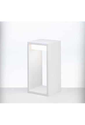 Frame S - Lampadar în formă de prismă maro sau alb